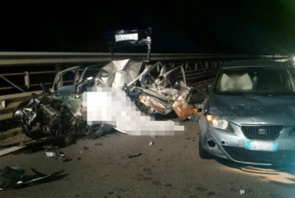Tragico incidente a Chioggia sul ponte translagunare: un morto e due feriti