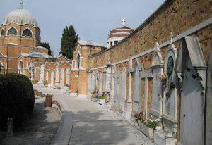 Cimitero (repertorio, Pixabay)