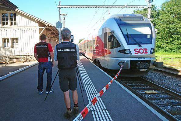 Colonia, un ferito con spari e coltello: due uomini in fuga FOTO
