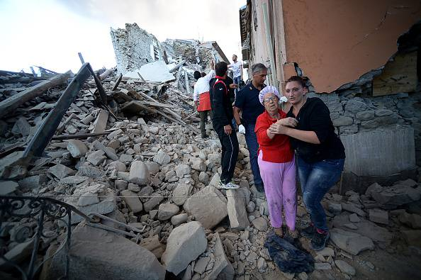 Terremoto ad Amatrice (Photo credit should read FILIPPO MONTEFORTE/AFP/Getty Images)