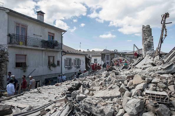 Terremoto: Daniela Martani e il post shock su Facebook. Ma lei nega