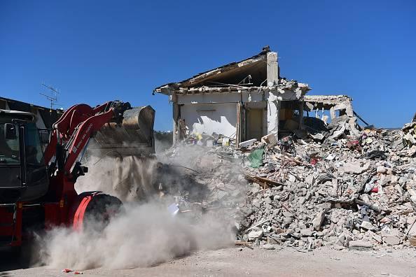 """""""Nelle zone sismiche 8 case su 10 crollerebbero in caso di terremoto"""""""