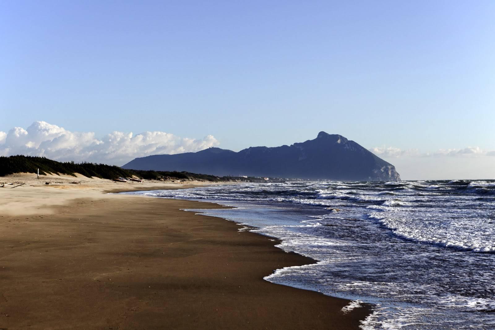 Incredibile quello che sta accadendo su questa famosa spiaggia