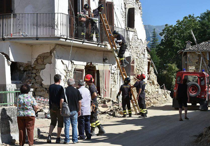 Terremoto, nuova scossa: crolli in scuola ad Amatrice