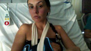Prisca Boh nel suo letto d'ospedale (Facebook)