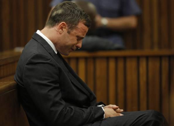 """Pistorius in lacrime in tv confessa tutto: """"Ecco cosa ho fatto"""""""