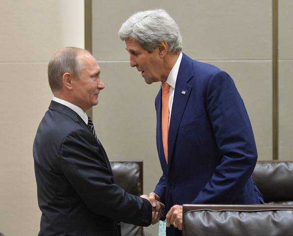 Usa e Russia insieme contro l'Isis: l'ennesima vittoria di Putin