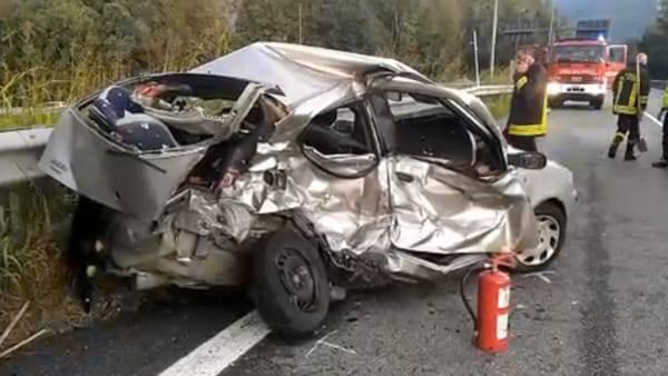 Incidente a Costa Volpino: morta giovane, tre feriti