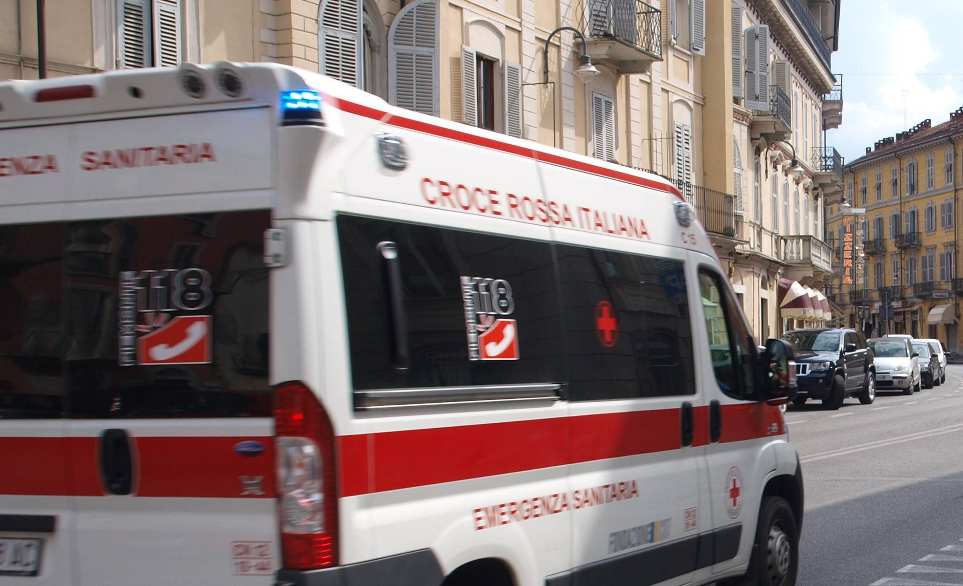 Giallo a Torino, 18enne si toglie la vita gettandosi dalla finestra
