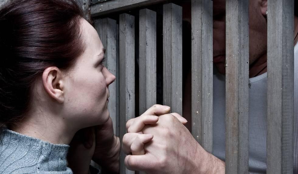 Brescia, il carcere diventa hot: poliziotte fanno sesso con i detenuti