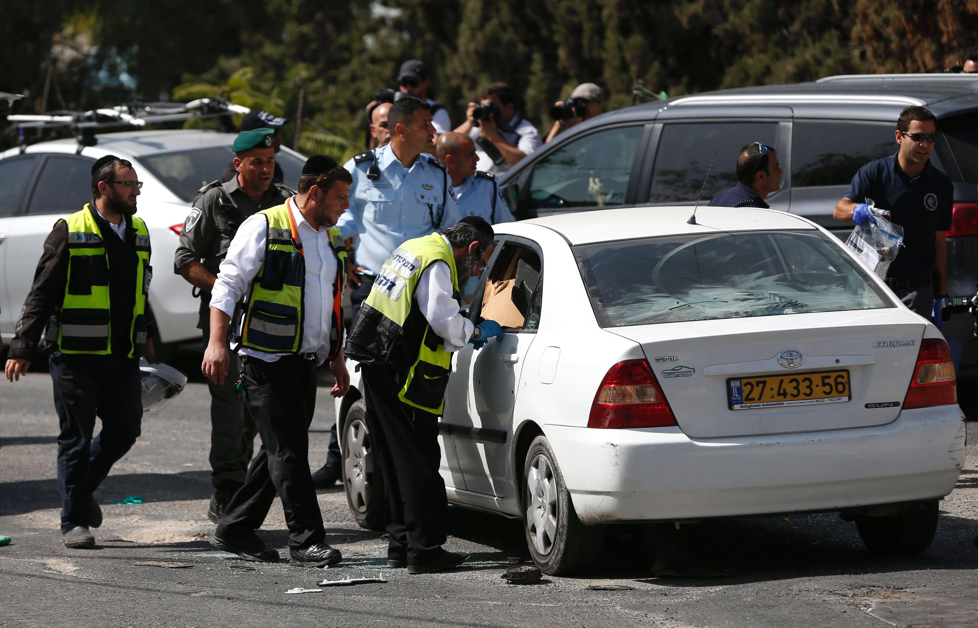 Attentato a Gerusalemme: due morti dimensione font +