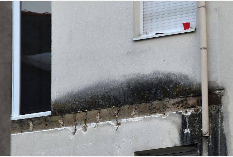 Shock in Francia, crolla balcone durante una festa