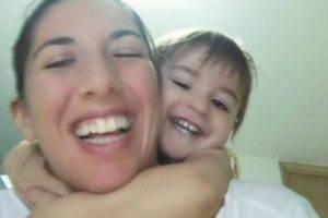 La piccola Sofia con la mamma Valentina (foto dal web)
