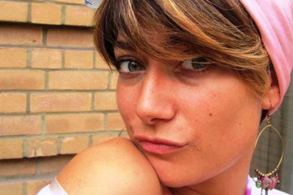 Travolta da un camion mentre va a lavoro, ragazza muore a Londra