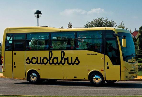 L'incubo di un ragazzino disabile all'interno dello scuolabus
