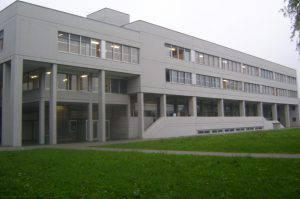 La scuola nella quale è avvenuto il dramma (Websource)