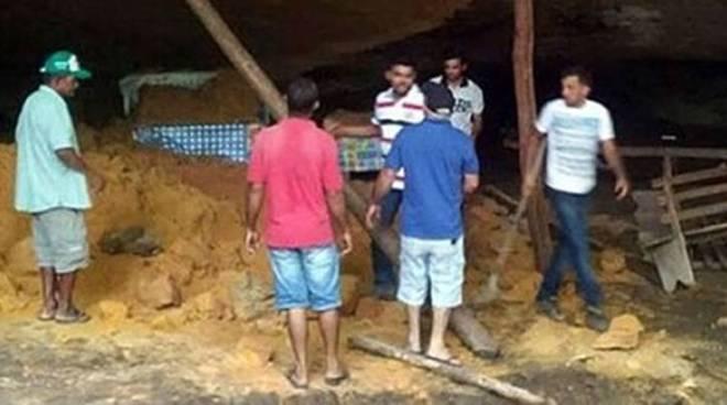 brasile-crollo-grotta-preghiera-76833-660x368