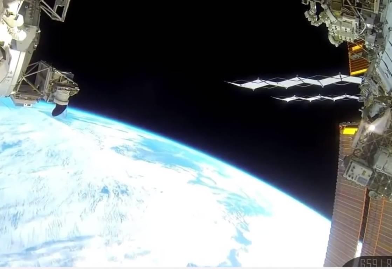 Qualcosa di strano si abbatte sulla terra – VIDEO