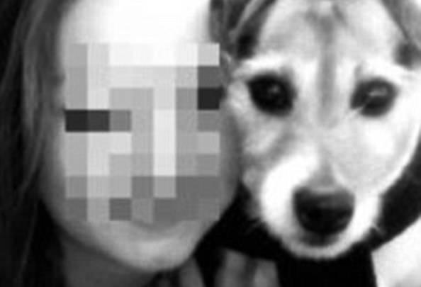 Franziska col suo cane (foto dal web)