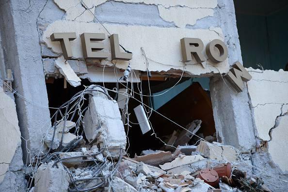I resti dell'Hotel Roma (FILIPPO MONTEFORTE/AFP/Getty Images)