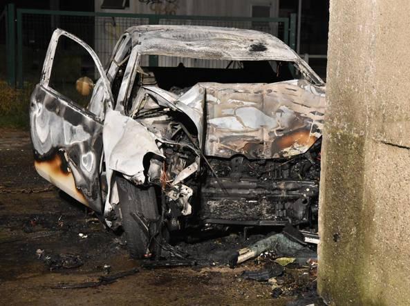 Incidenti stradali: schianto dopo discoteca, 2 carbonizzati