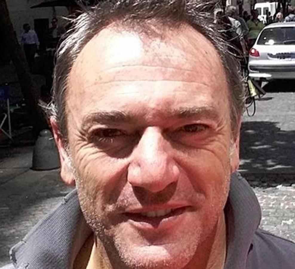 L'italiano ucciso in una favela a Rio, Roberto Bardella, 52 anni, in una foto tratta dal profilo facebook dell'amico Rino Polato, 59 anni, scampato invece all'agguato. +++ATTENZIONE LA FOTO NON PUO? ESSERE PUBBLICATA O RIPRODOTTA SENZA L?AUTORIZZAZIONE DELLA FONTE DI ORIGINE CUI SI RINVIA+++