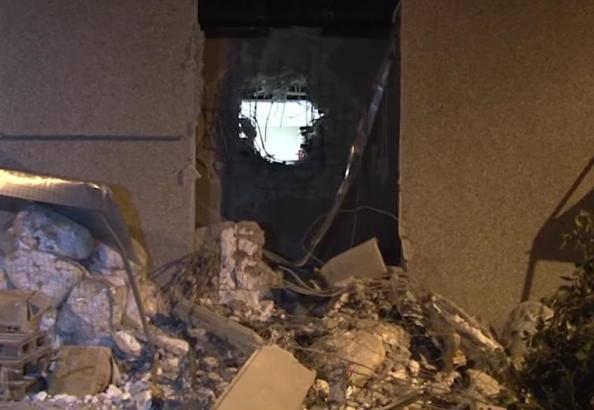 """Fucili spianati e auto in fiamme: """"Sembrava di essere in un film"""""""