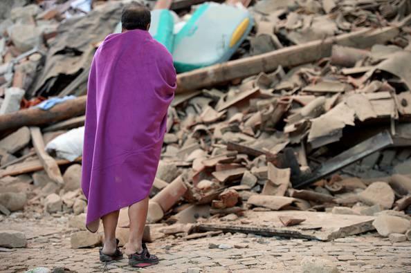 Terremoto: due forti scosse, ancora paura nella notte