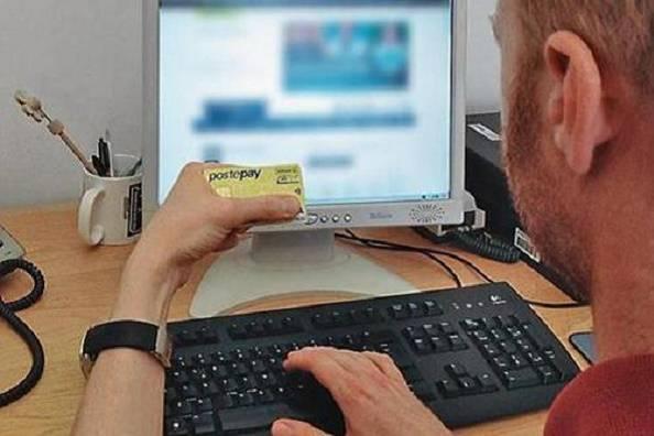 Postepay, una nuova truffa viaggia in rete