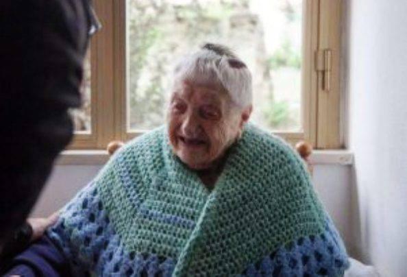 """109 anni e cieca: """"Ma per l'Inps sono autosufficiente"""""""