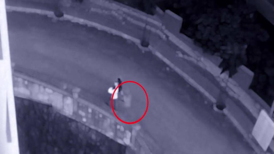 Le telecamere di sicurezza inquadrano una cosa terrificante – VIDEO