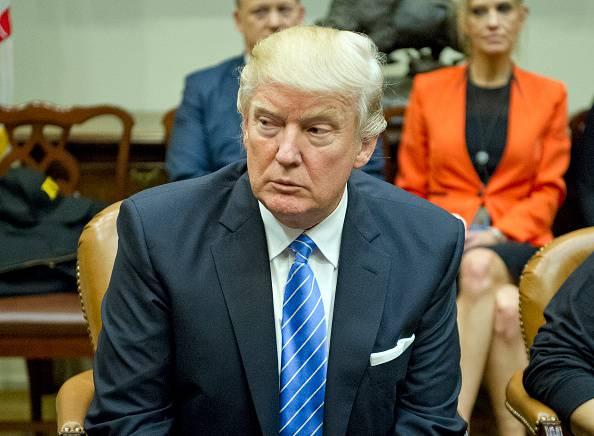 Trump mostra subito i muscoli: questi i primi provvedimenti