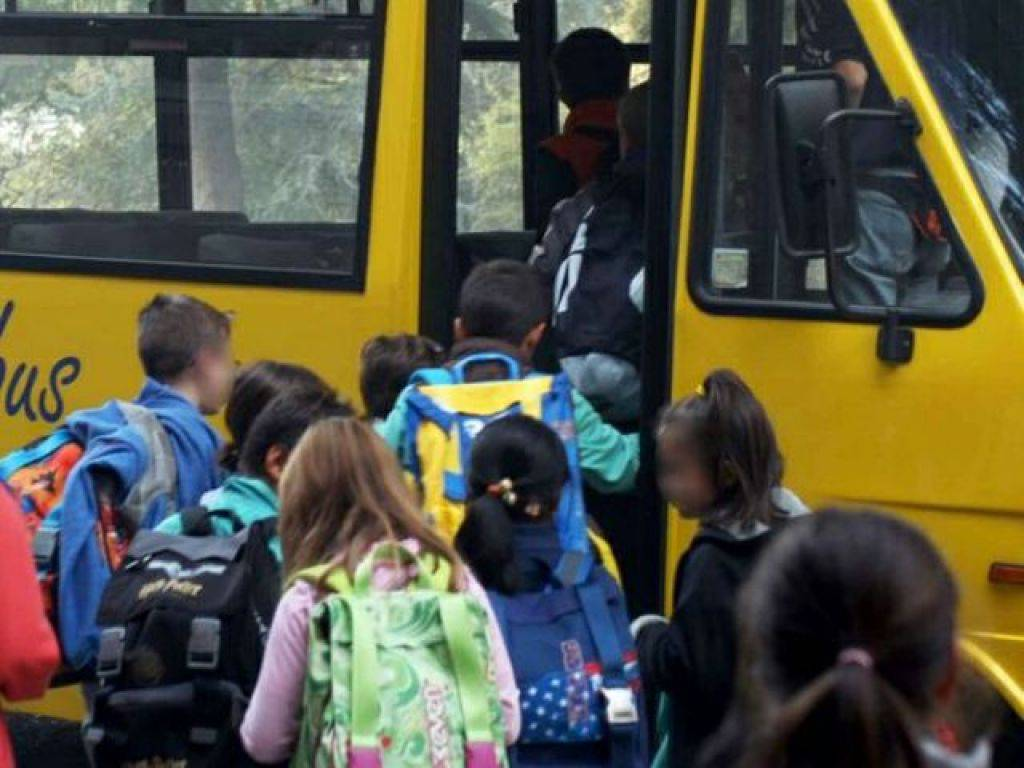 Budrio, incidente tra scuolabus e mezzo Hera. Ventotto bimbi in ospedale