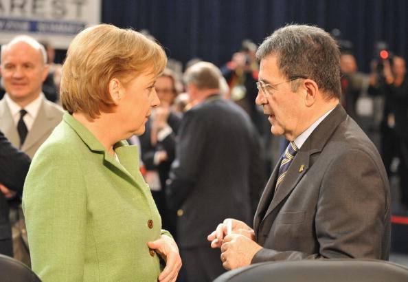 """Prodi appoggia la Merkel: """"Vincente la sua idea di Europa"""""""