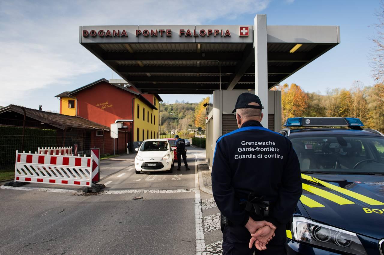 """La decisione svizzera: """"Stop ai ladri che arrivano dall'Italia"""""""