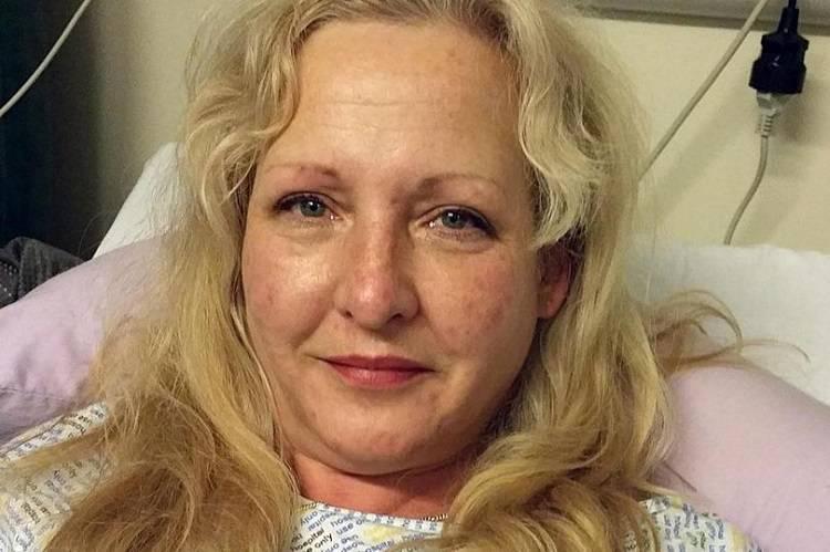 L'operazione alla vagina le ha rovinato la vita – FOTO