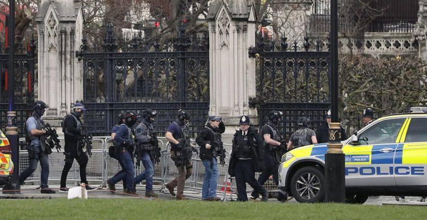 Terrore a Londra: attentato davanti al Parlamento