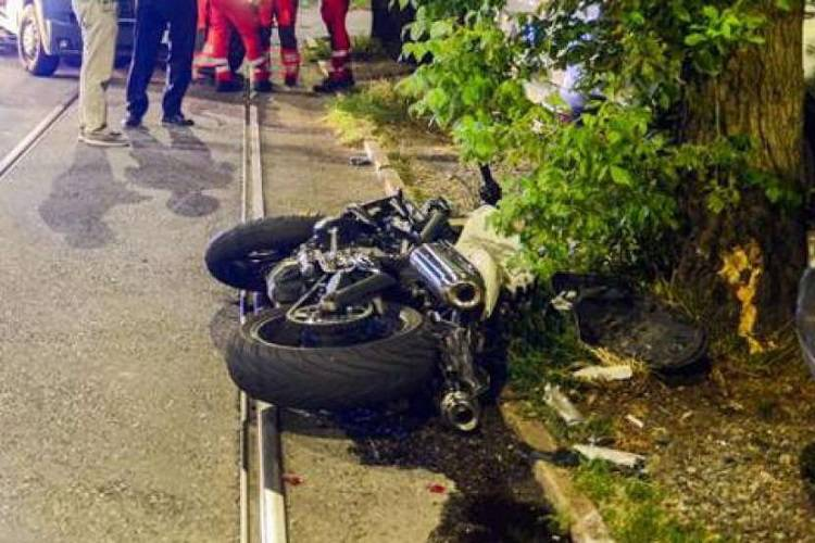 Incidente in viale Sarca, morta una ragazza di 20 anni
