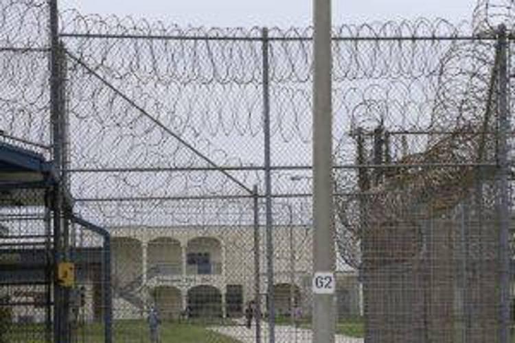 Accusati della morte di un detenuto, gli agenti penitenziari vengono prosciolti