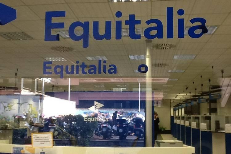 Rottamazione cartelle Equitalia, la denuncia dei consumatori