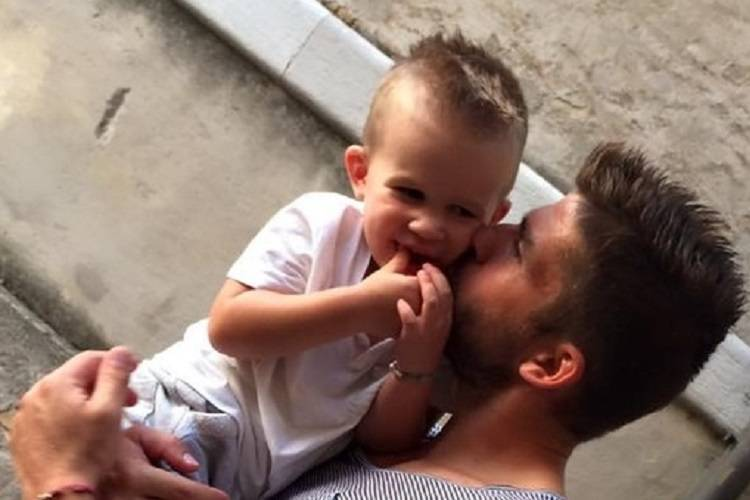 Il dramma del calciatore Favret Muore Achille, il figlio di tre anni