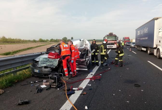 Doppio tragico incidente a catena sull'A4
