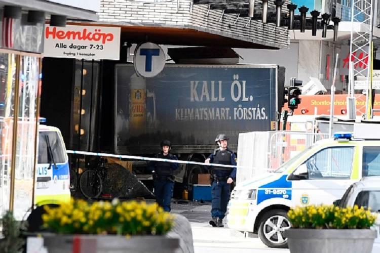 Stoccolma, l'uomo arrestato sarebbe l'attentatore – FOTO/VIDEO