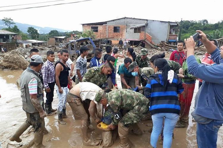 Alluvioni e frane, la Colombia è in ginocchio – FOTO/VIDEO