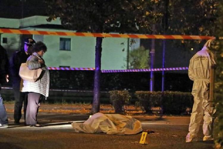15enne uccide coetaneo e si costituisce