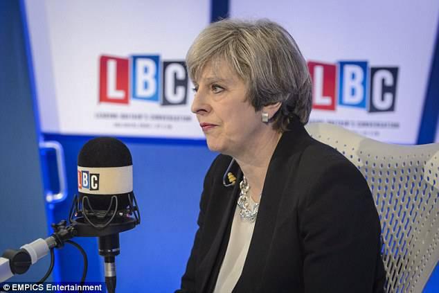 """Theresa May rilascia commovente intervista: """"Non posso avere figli"""""""