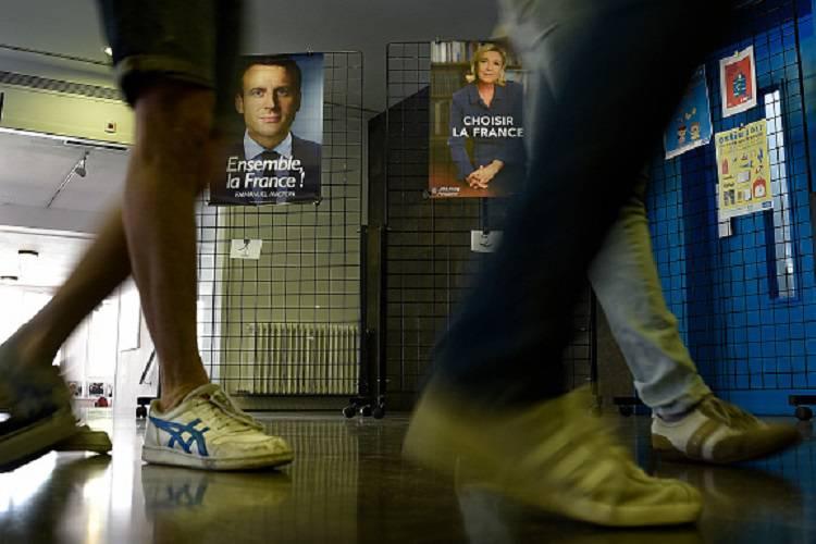 Presidenziali in Francia, seggi chiusi: Macron al 65%
