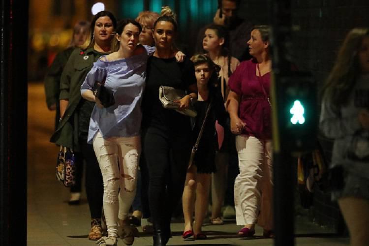 """Manchester, la tremenda conferma: """"E' stato un kamikaze"""""""