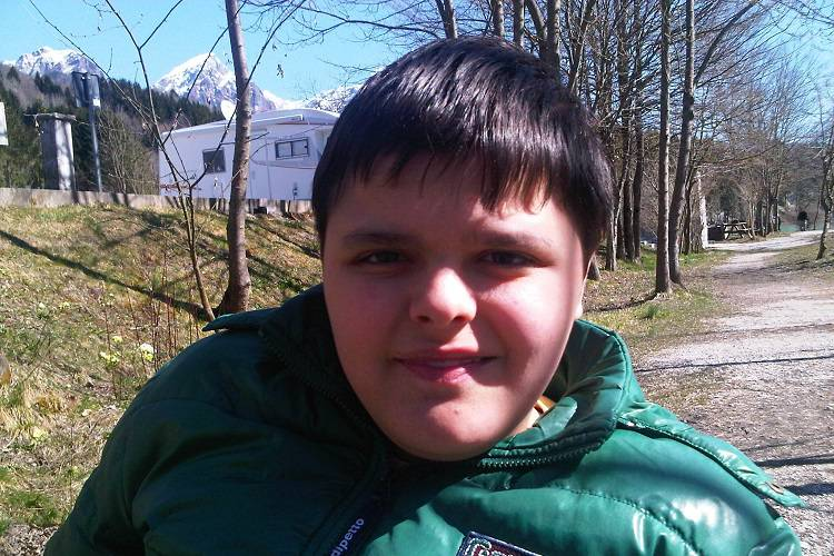 Muore a 19 anni: nonostante la malattia non aveva perso il sorriso