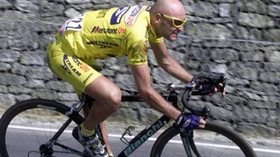 Furto nella tomba di Marco Pantani, la madre sconvolta
